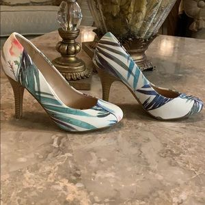 Kelly & Katie Fashion Print Pumps New Without Tags